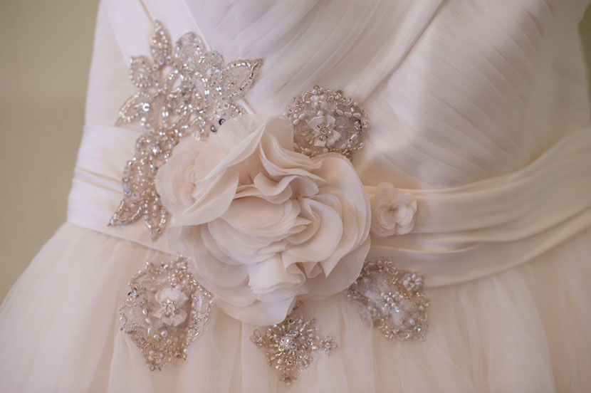 cassini dress detail wedding gown