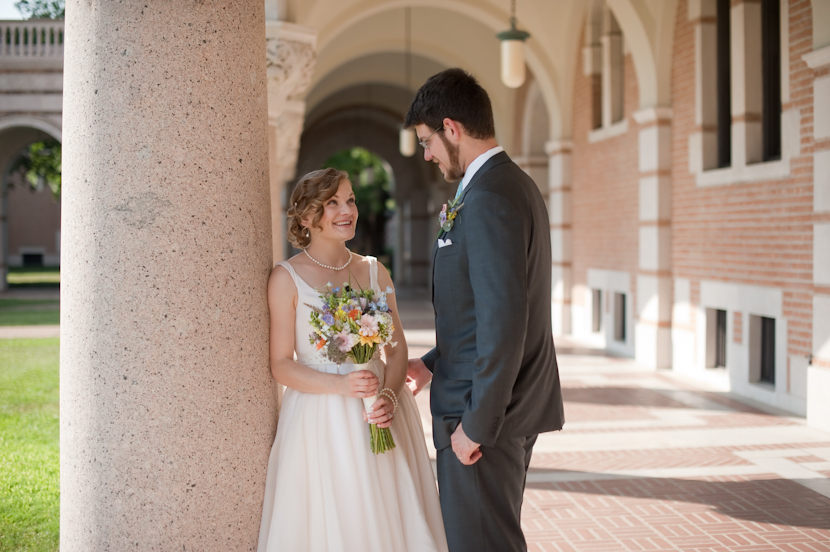 bride and groom couples photos in rice university quad