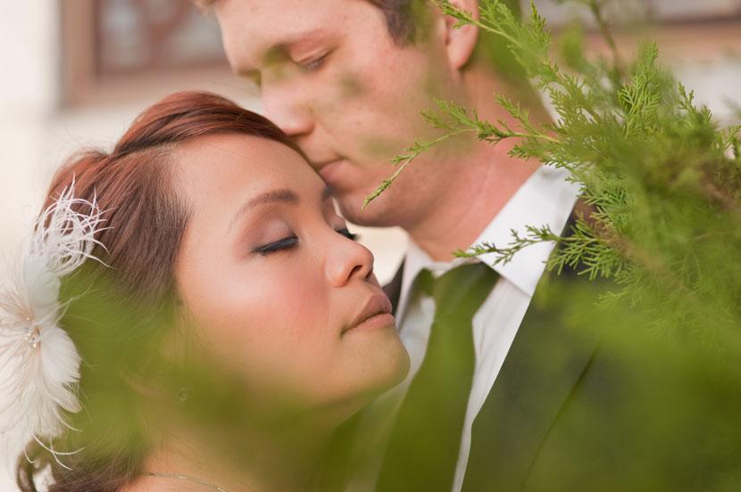 austin wedding photography bride groom nuzzle