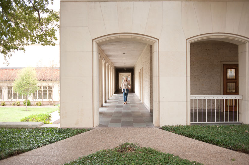 Archway in the University of Texas Austin main mall graduation portrait session