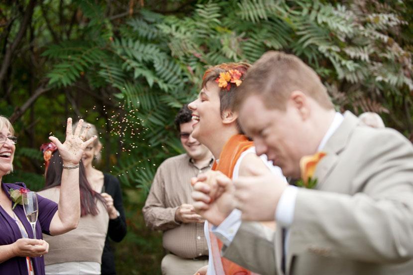 birdseed toss outdoor wedding