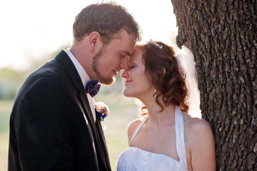 bride groom kiss georgetown wedding