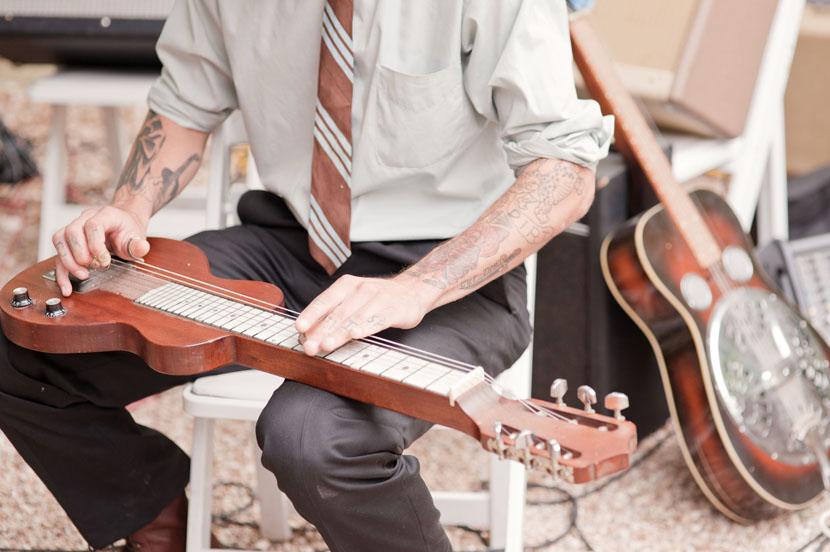 live musician at wedding reception