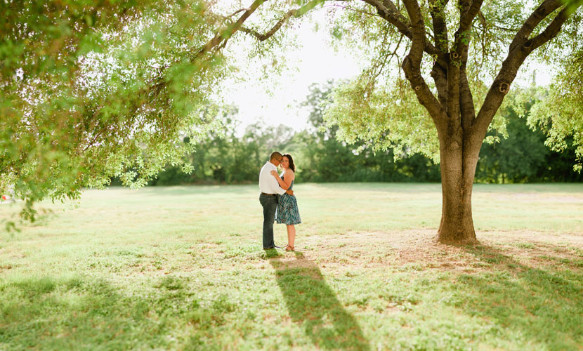 engagement session with tree