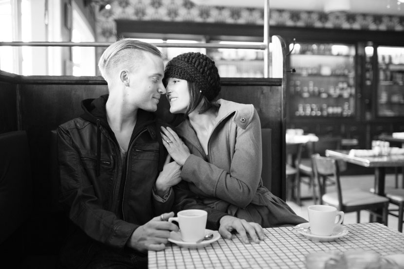 couple engaged in austin cafe