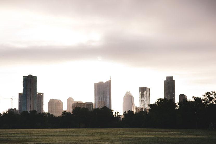 austin skyline from zilker park overcast
