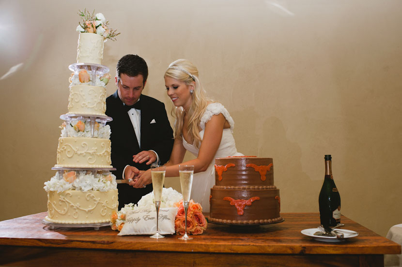 texas longhorns married at barr mansion