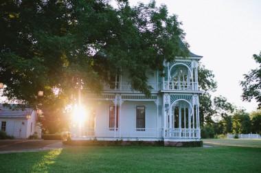 old historic plantation house wedding in austin