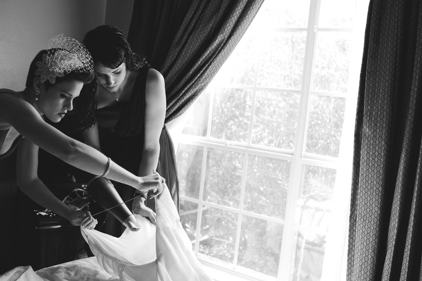 bride getting ready // Elissa R Photography