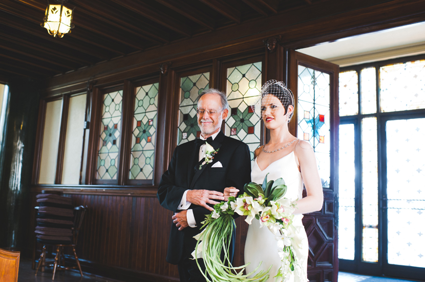 Bride enters Central Christian Church in Austin // Elissa R Photography