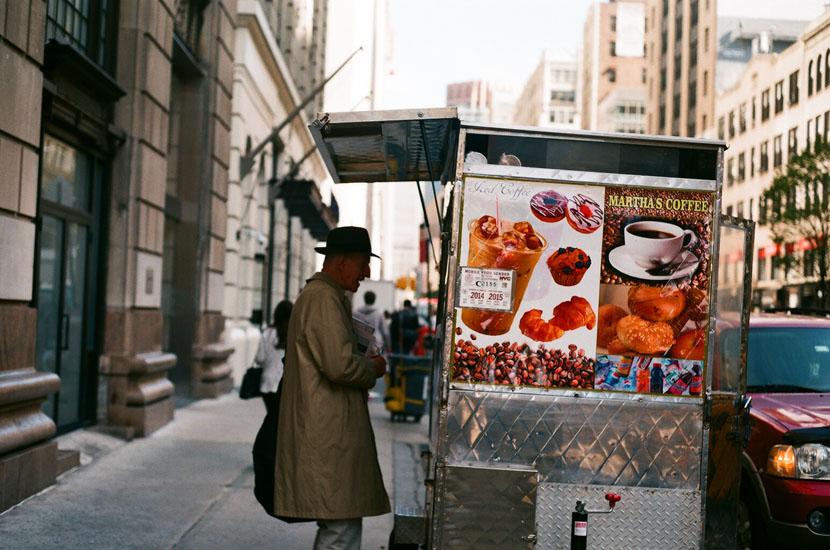 man buying ice cream new york 2013