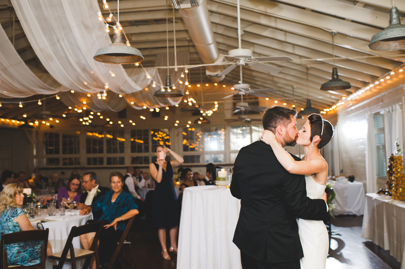 First dance kiss at Palm Door // Elissa R Photography