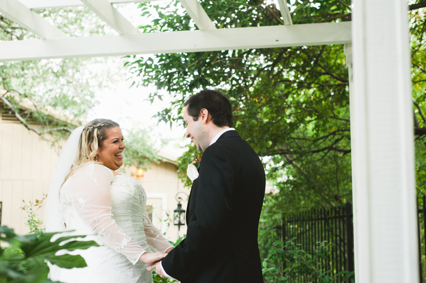 Adorable first look photos at weddings // Elissa R Photography