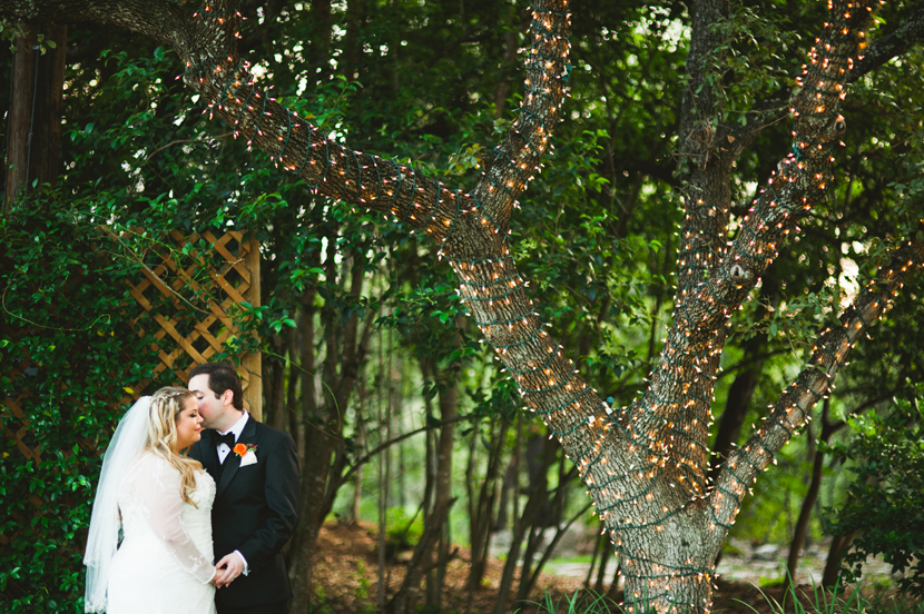 Romantic wedding portraits with bride and groom // Elissa R Photography