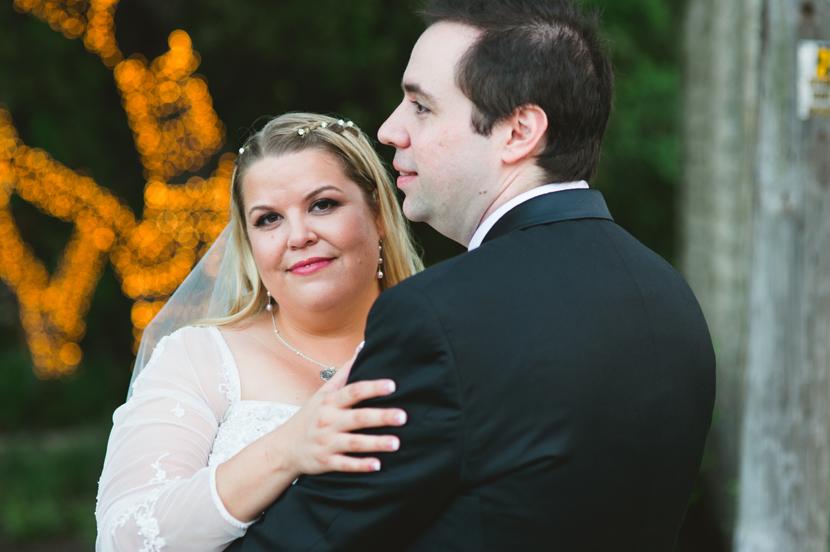 October wedding bride and groom // Elissa R Photography