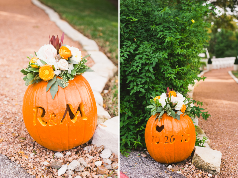 Carved pumpkins for autumn inspired weddings // Elissa R Photography