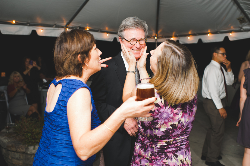 People having fun at wedding receptions // Elissa R Photography