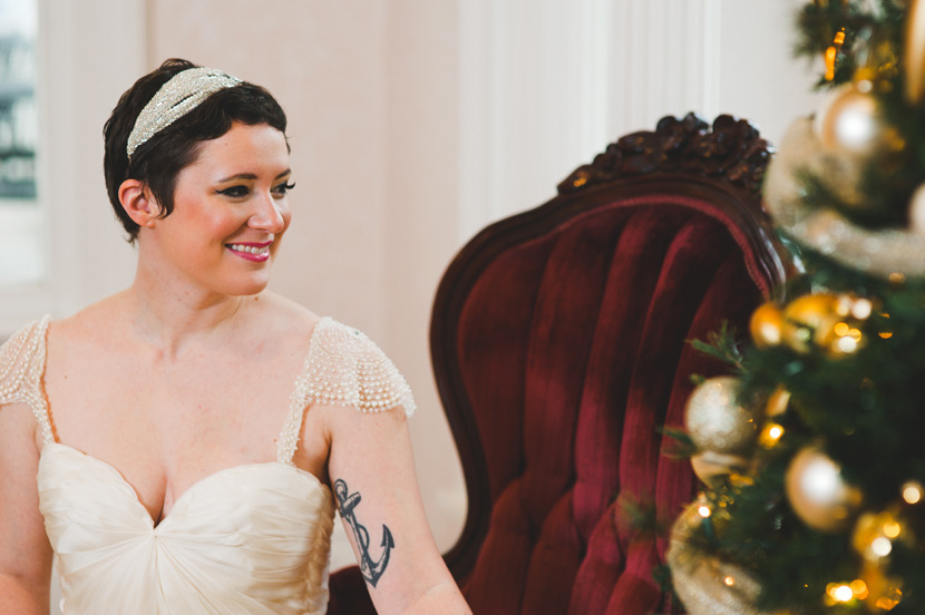 Pixie haired bride with Sarah Seven dress // Elissa R Photography