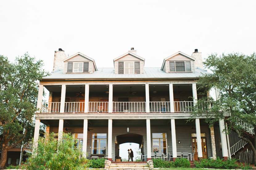 Inn Above Onion Creek wedding picture // Elissa R Photography