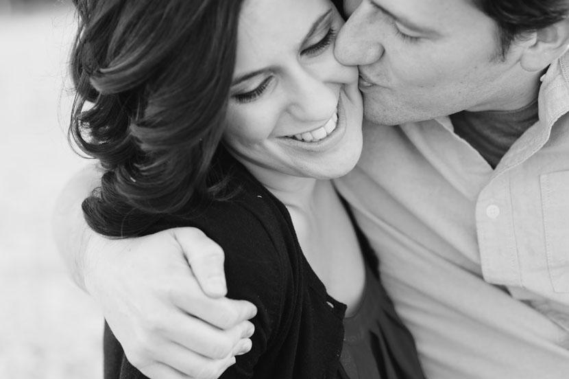 Romantic engagement photos // Elissa R Photography