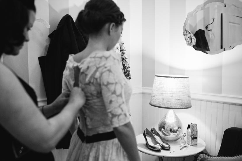 Lacy wedding jacket // Elissa R Photography