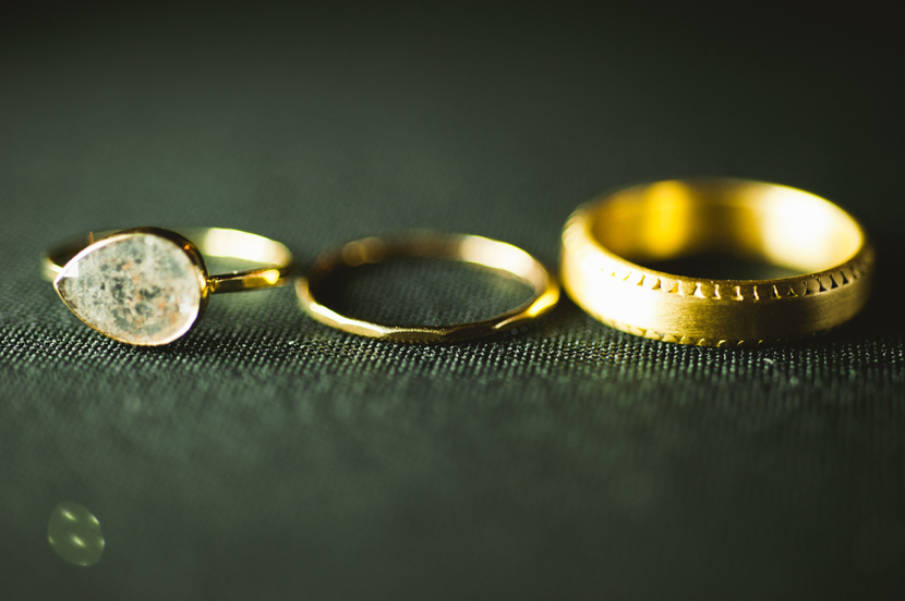 Etsy wedding rings // Elissa R Photography