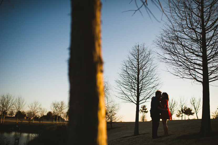 silhouetted couple wedding photos