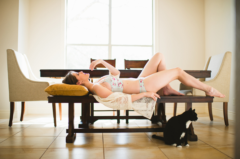 boudoir photos with humor