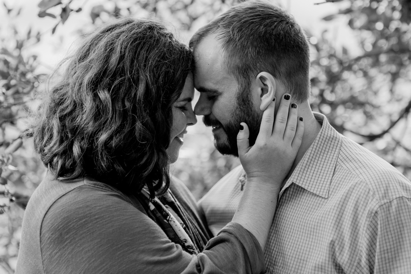 heartfelt engagement pictures