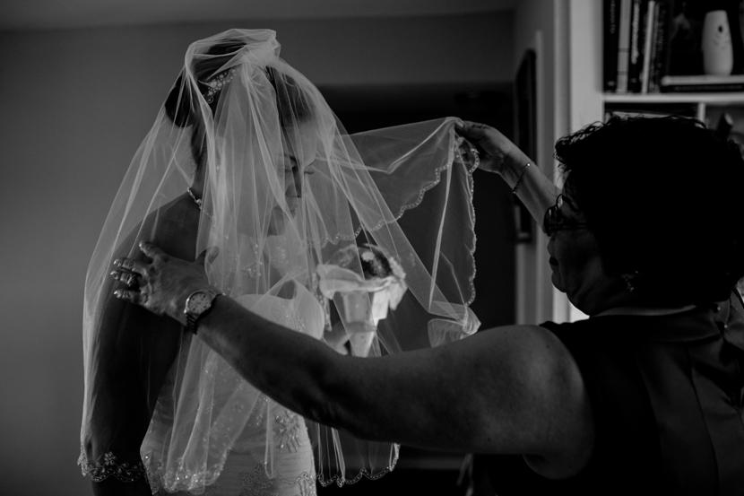 beautiful black and white wedding photography