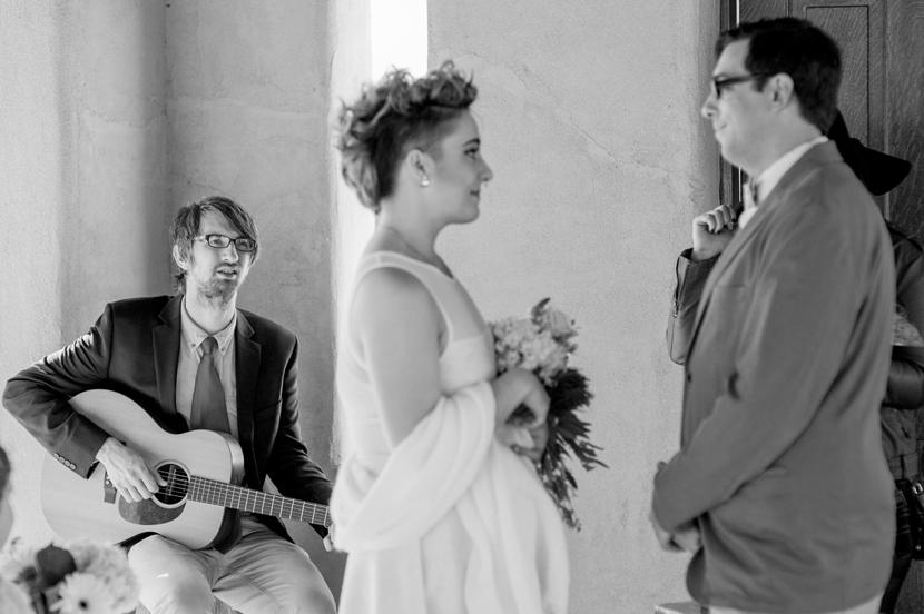 tiny elopement at chapel dulcinea in austin
