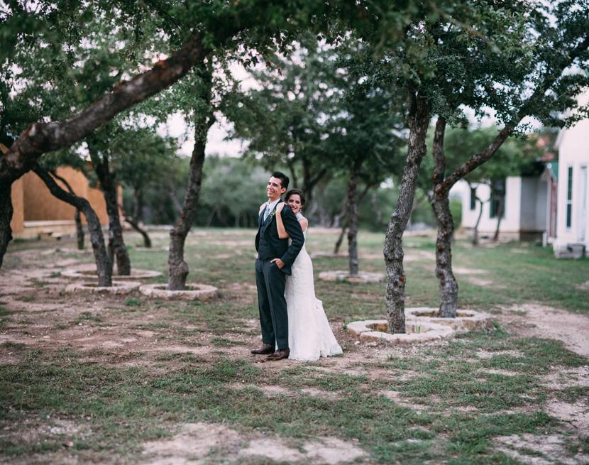 star hill ranch drippings springs wedding