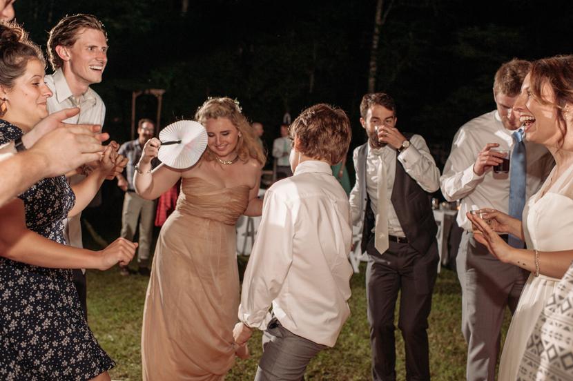 fun backyard weddings
