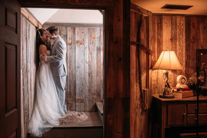 magazine style wedding pics