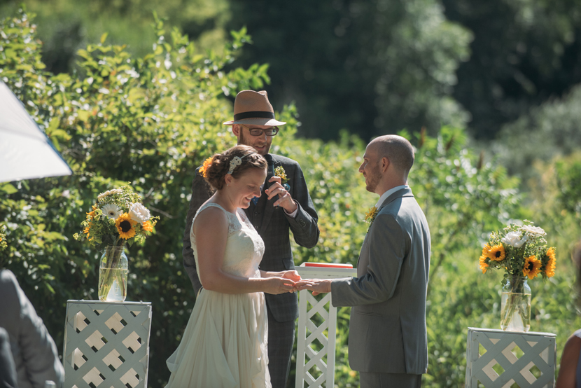 simple wedding ceremonies