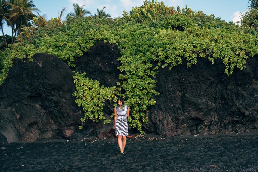 wainapanapa black sand beach