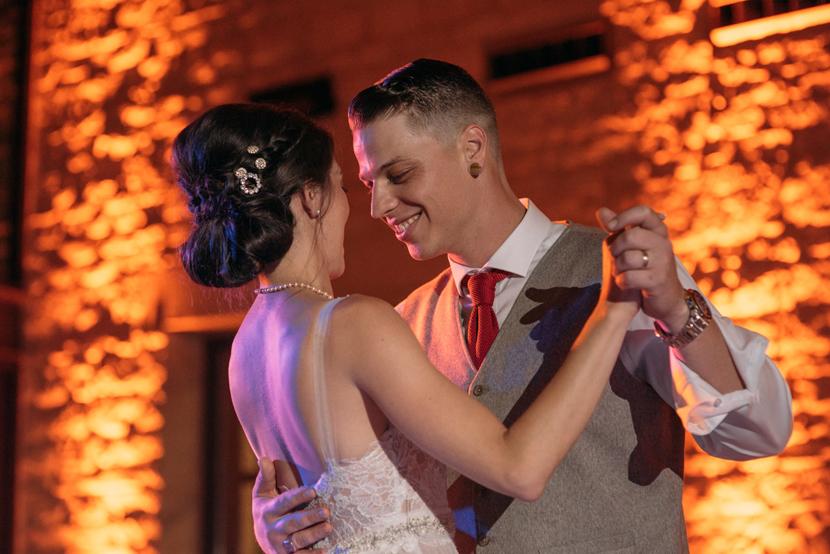 creative austin wedding photographer