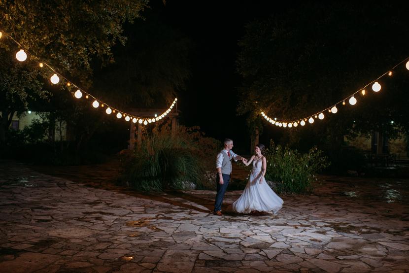 bride groom at wildflower center