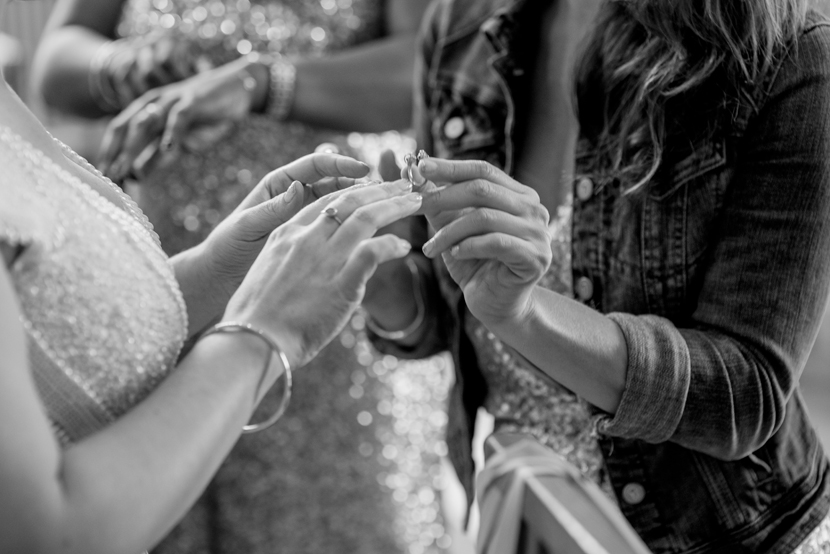 detail oriented wedding photographer