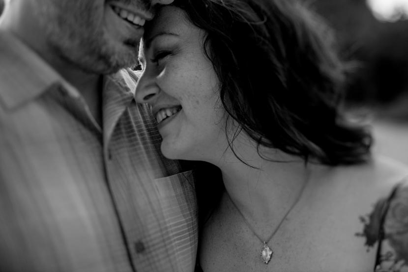 romantic austin engagement
