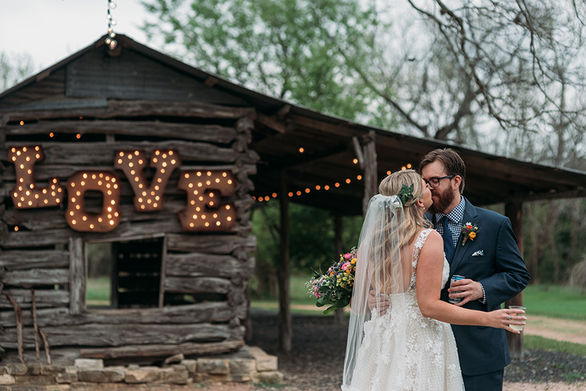 wedding first look at pecan springs ranch