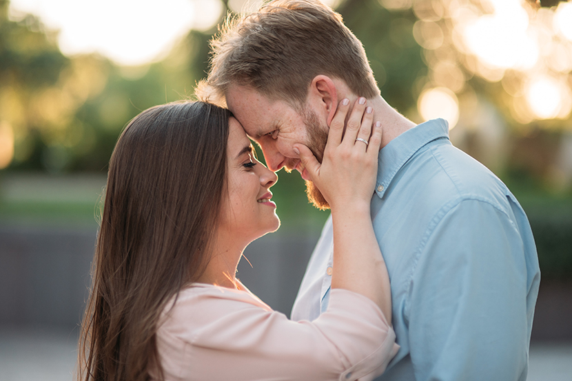 pretty engagement pictures