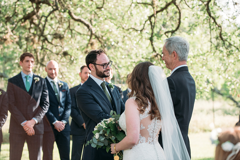 Outdoor Austin wedding ceremony