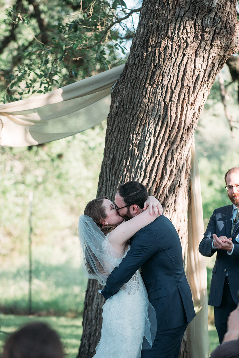 First kiss at Plant at Kyle wedding