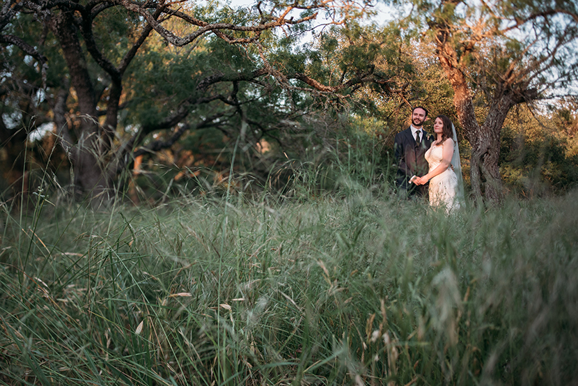 creative kyle tx wedding photographer
