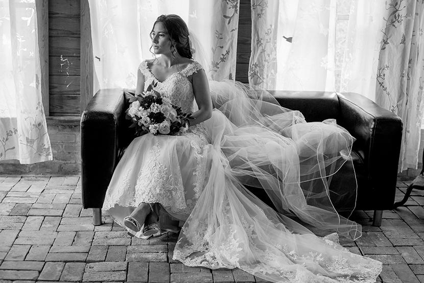 Creative Austin bridals