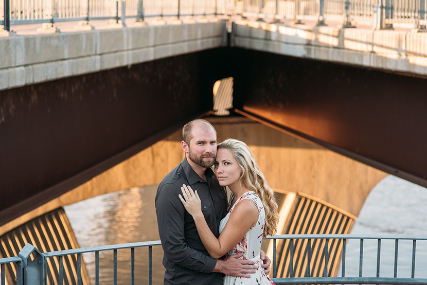 downtown austin engagement pictures