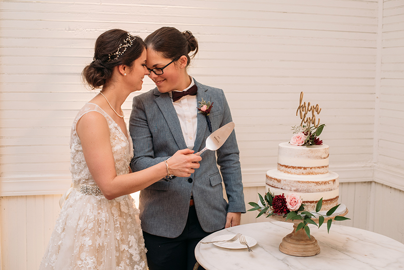 cake cutting at pearl snap hall